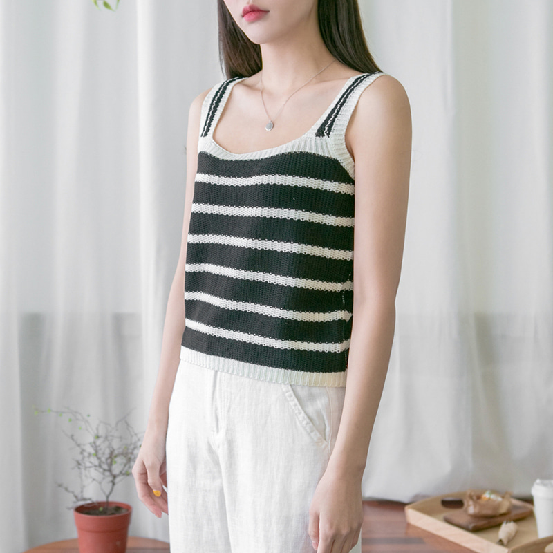 [무료배송] Stripe knit sleeveless-모스빈