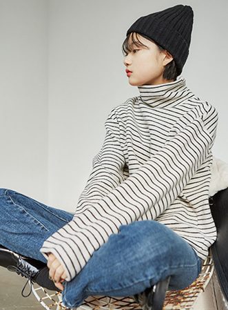 [무료배송] Cozy stripe turtle tee-모스빈