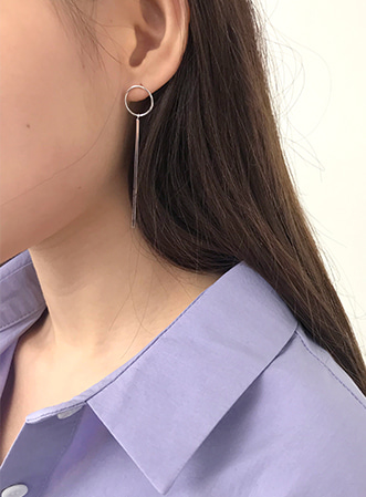 [무료배송] Circle object drop earring-모스빈